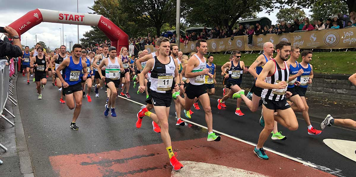 runners set off from the start line of the 2019 Admiral Swansea Bay 10k